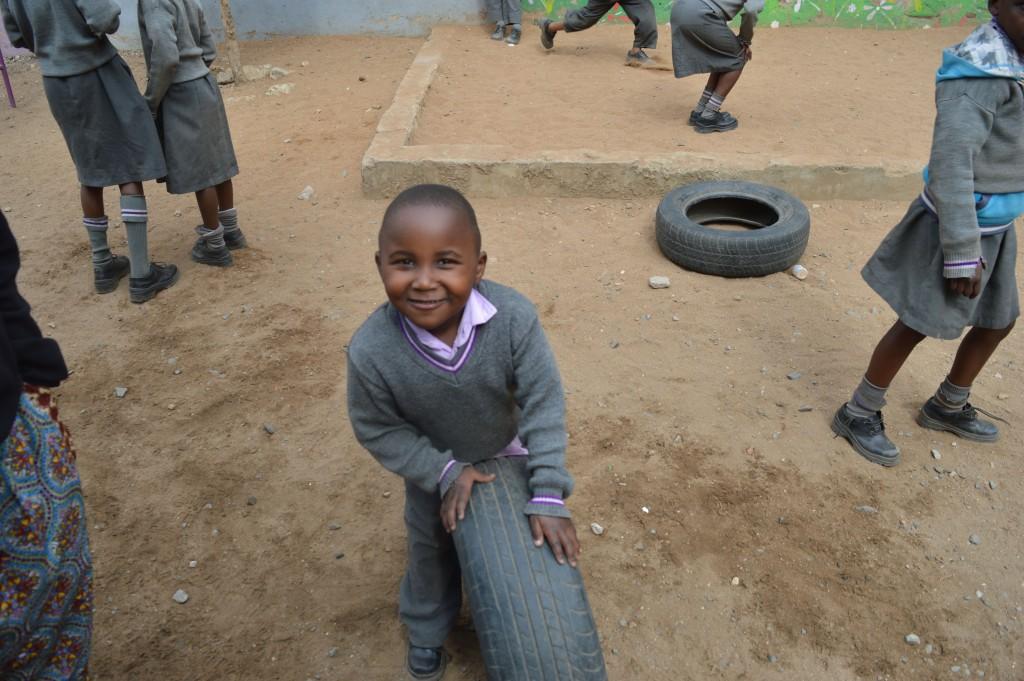 B2névolat international avec Globalong en Afrique