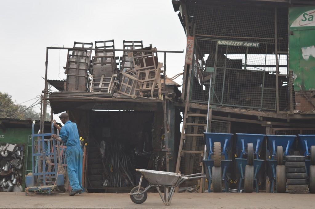 Brouette et magasins Globalong afrique