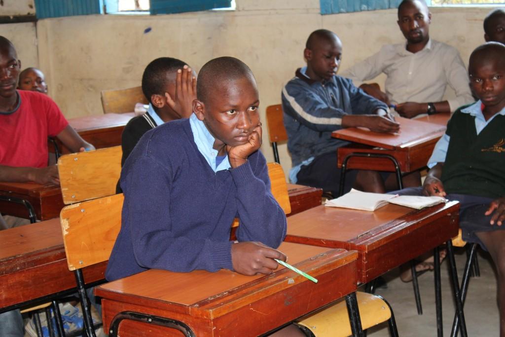 Globalong, bénévolat dans des écoles kenyanes